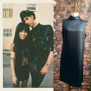 Vintage 1970s Black Mock Neck Shift Dress